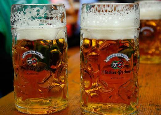Bild von zwei Maß Bier